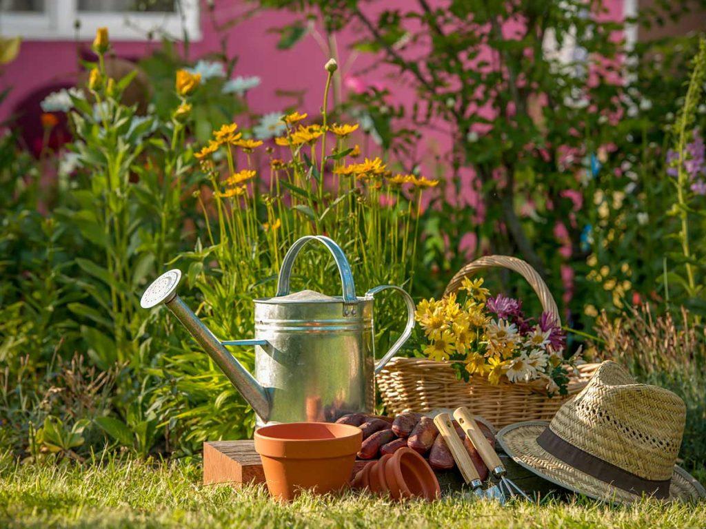 jarná premena záhradného domčeka