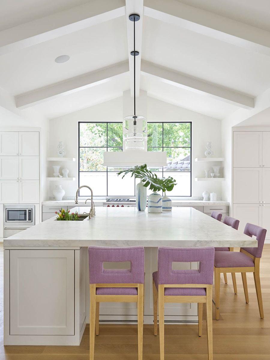 biela moderná kuchyňa