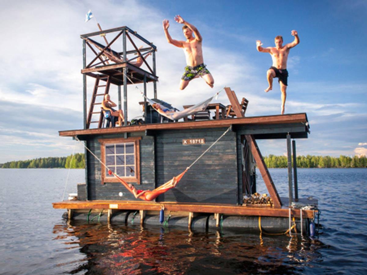 plavajuca sauna