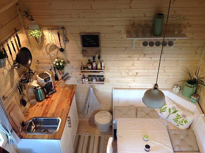 interiér záhradného domčeka Bunkie - kuchyňa